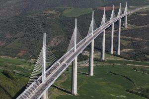 Millau Viaduct - 10 Famous works of Norman Foster